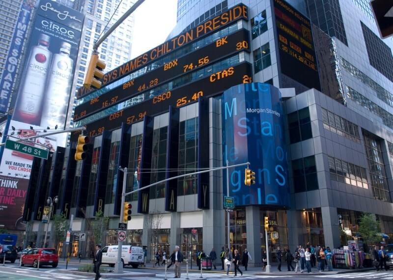Goldman Sachs and Morgan Stanley Go Live with CLSNet Blockchain by IBM