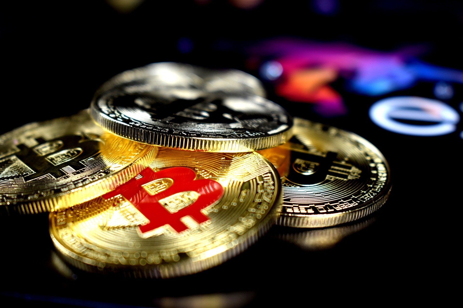 Build a diversified portfolio of cryptocurrency